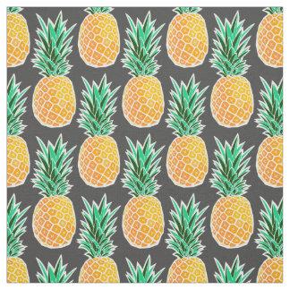 Ananas géométrique sur la copie noire de tissu