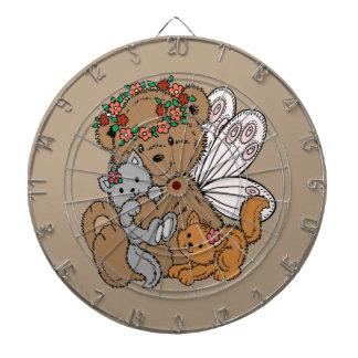 Ange d'ours avec des chatons jeux de fléchettes