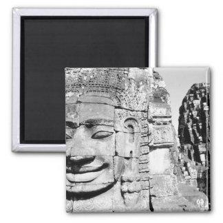 Angkor Cambodge, têtes le Bayon Magnet Carré