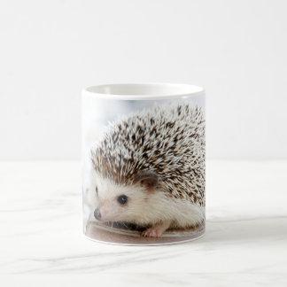 Animal mignon de hérisson de bébé mug