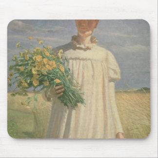 Anna Ancher retournant de la fleur Picking, 1902 Tapis De Souris