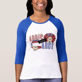Annie aime des T-shirts et des cadeaux d'Andy