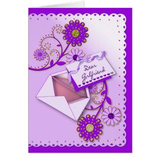 Anniversaire - amie - pourpre/fleurs/lettre cartes