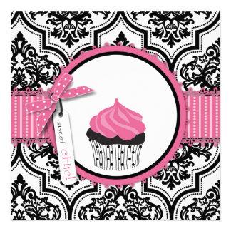 Anniversaire d impression de petit gâteau et de da faire-parts