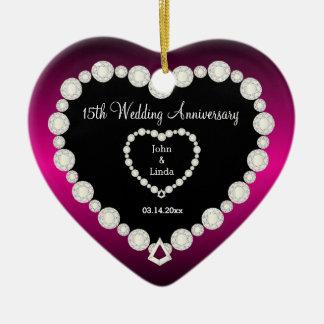 Anniversaire de mariage de do-it-yourself dans des ornement cœur en céramique