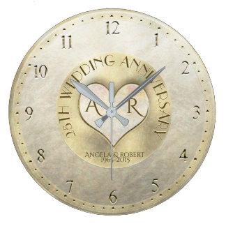 Anniversaire de mariage de monogramme de coeur grande horloge ronde