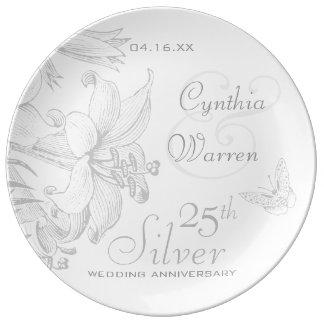 Anniversaire de noces d'argent de lis de papillon assiettes en porcelaine