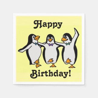 Anniversaire de pingouins de danse d'amusement serviette jetable