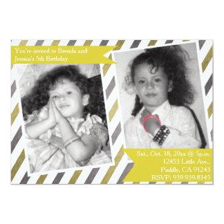 Anniversaire jaune simple de double de jumeau carton d'invitation  12,7 cm x 17,78 cm