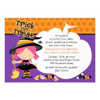 Anniversaire mignon de Halloween de sorcière et de Invitations Personnalisées