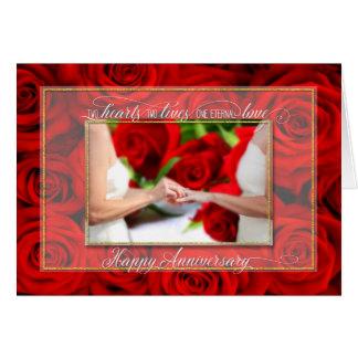 Anniversaire pour les ajouter lesbiens aux roses carte de vœux