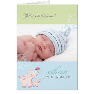 Annonces bleues de naissance de photo de bébé cartes de vœux