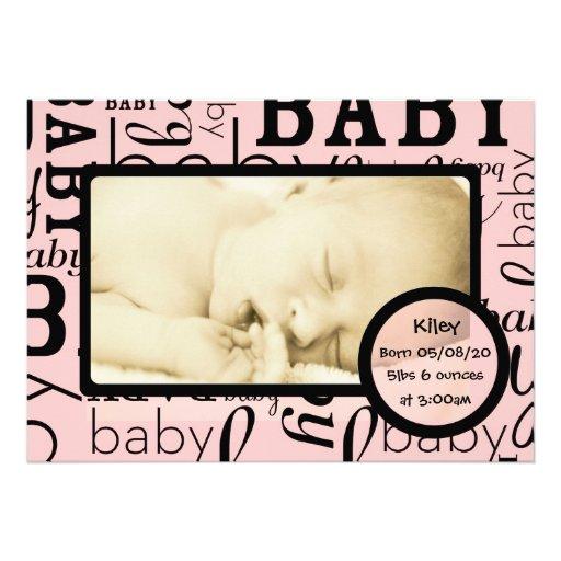 Annonces roses personnalisables de photo de bébé invitations