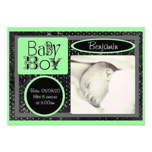 Annonces vertes blanches noires de photo de bébé faire-part