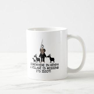 Anti Obama, idiot de village Mug