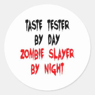 Appareil de contrôle de goût de tueur de zombi sticker rond