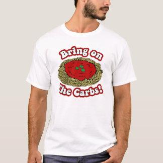Apportez sur le T-shirt de glucides