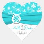 Aqua, blanc, flocons de neige gris épousant autocollant en cœur