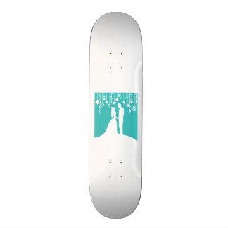 Aqua et silhouettes blanches de mariage de jeunes  skateboard customisable