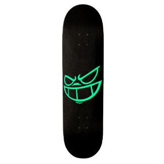 Aqua fantôme de marque de Smile™ et planche à Plateaux De Skate