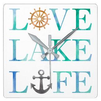 Aquarelle nautique de typographie de la vie de lac horloge carrée