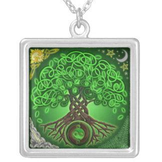 Arbre celtique de pendentif de la vie
