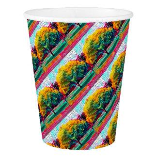 Arbre d'automne dans des couleurs vives gobelets en papier