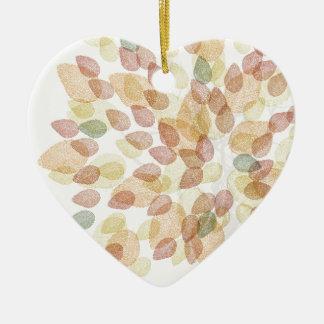 Arbre de bouleau dans des couleurs d'automne ornement cœur en céramique
