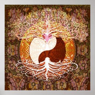 Arbre de coeur de Ying Yang de la vie Posters