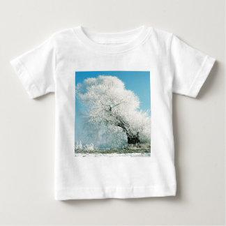 Arbre de glace d'hiver de nature t-shirts