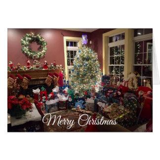Arbre de Noël et carte magnifiques de décorations