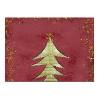 Arbre de Noël sur l arrière - plan rouge Cartons D'invitation
