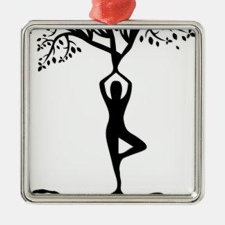 Arbre de yoga ornement carré argenté