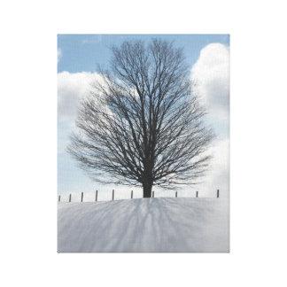 Arbre d'hiver dans la copie d'art de toile de