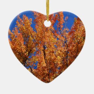 Arbre orange du feu ornement cœur en céramique