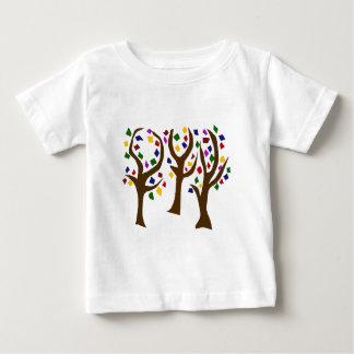 Arbres colorés d'art d'arc-en-ciel t-shirt