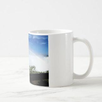 Arc-en-ciel au cours des automnes mug