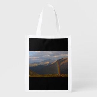 Arc-en-ciel de montagne rocheuse sac d'épicerie