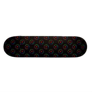 arc-en-ciel de motif de fleur plateaux de skateboards customisés