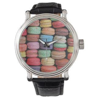 Arc-en-ciel des biscuits empilés de Macaron de Montres Bracelet