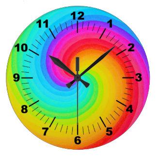 Arc-en-ciel en spirale d'horloge murale colorée grande horloge ronde