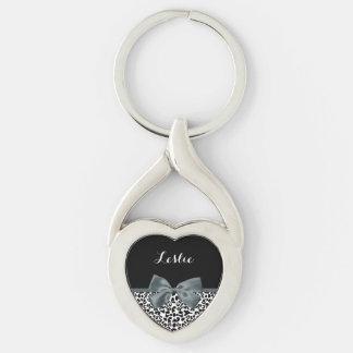 Arc gris d'empreinte de léopard sophistiqué avec porte-clé argenté cœur torsadé