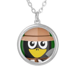 Archéologue de pingouin pendentif rond