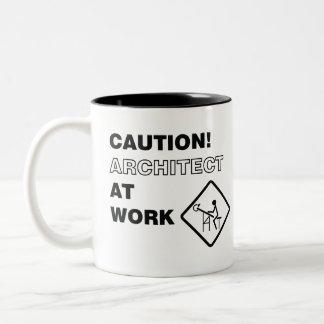 Architecte de précaution au travail tasse 2 couleurs