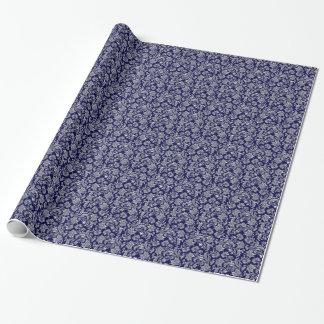 Argent métallique et damassés vintages bleu-foncé papiers cadeaux