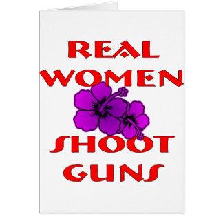 Armes à feu de pousse de vraies femmes carte de vœux