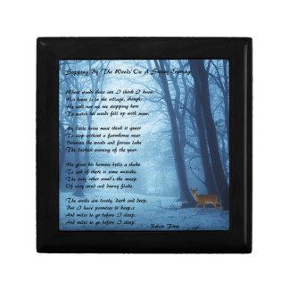 Arrêt par les bois par : Robert Frost Petite Boîte À Bijoux Carrée