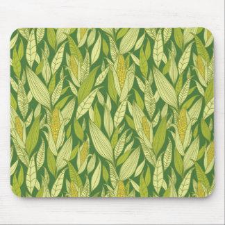 Arrière - plan de motif de plantes de maïs tapis de souris
