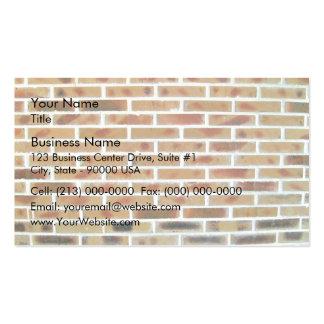 Arrière - plan de mur de briques avec les briques  cartes de visite personnelles