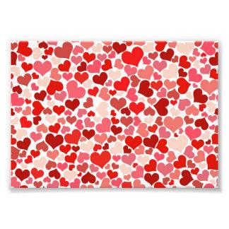 Arrière - plan rouge mignon de coeurs impressions photo